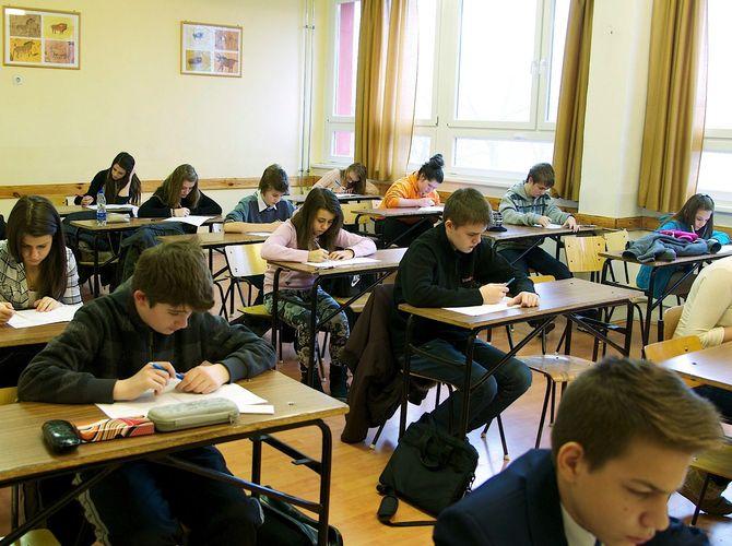 Egységes írásbeli felvételi vizsga a Szalézi Gimnáziumban