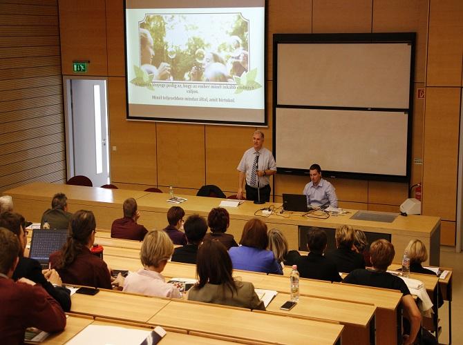 Pedagógiai Konferencia és Lakberendezői kiállítás